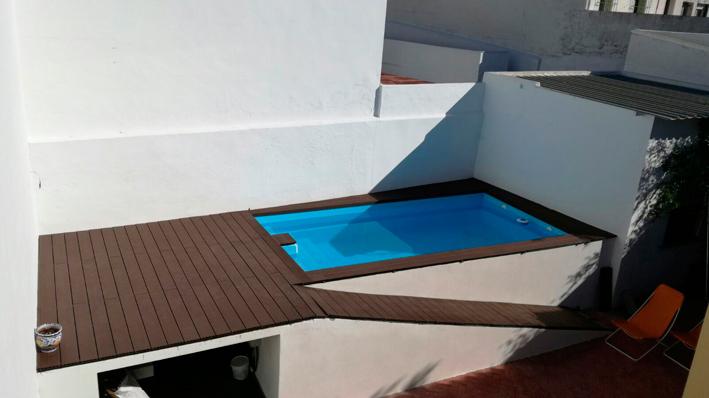 Piscinas de poliester sevilla montaje de piscinas en for Mini piscinas prefabricadas