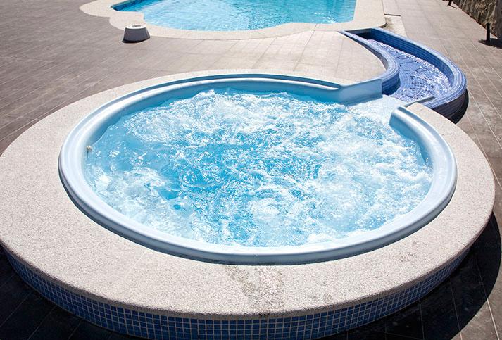 Modelo spa piscinas v lez construccion de piscinas for Piscinas online ofertas