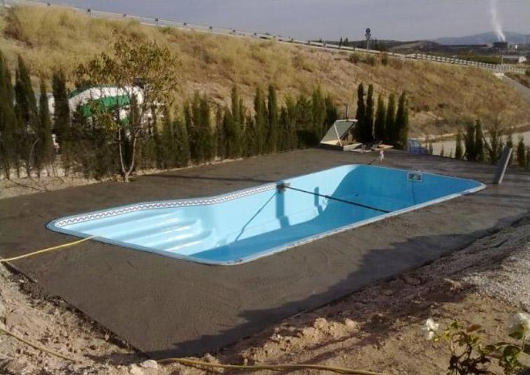 Piscinas de poliester sevilla montaje de piscinas en - Piscinas prefabricadas sevilla ...